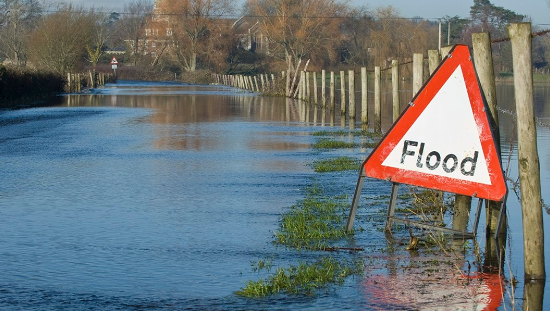 Flood risk assessment and suds